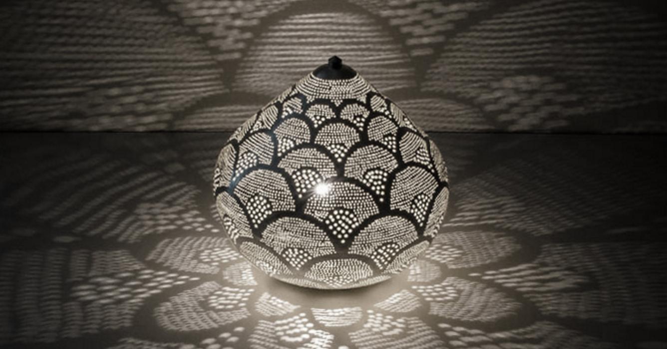 Www Depauwwonen Nl Brengt U In Oosterse Sferen Met Een Leuke Collectie Filigrain Tafellampen Tags Turkse Lamp Mozaiek Lampen Kalebas Lamp Slaapkamer Wand