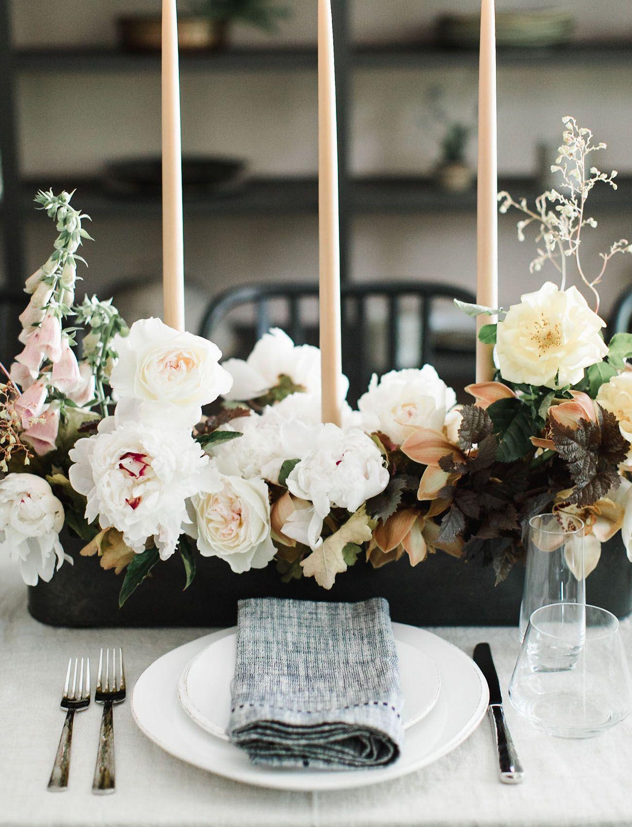 Modern Art: Minimalist Wedding Inspiration at a Catskills Mountain Home - Green Wedding Shoes