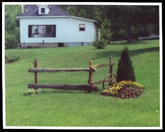 Best Corner Accents Cedar Shingles Split Rail Fence 400 x 300