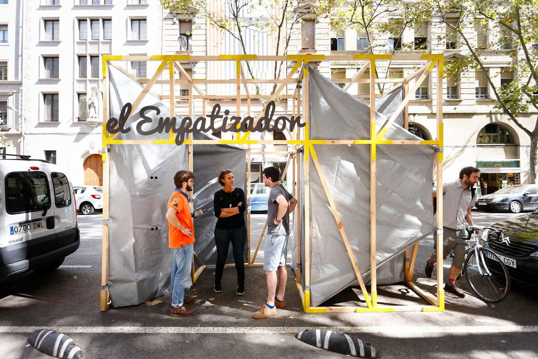 Galeria de #UrbanMaking: inclusão e inovação no mobiliário urbano de Barcelona - 3