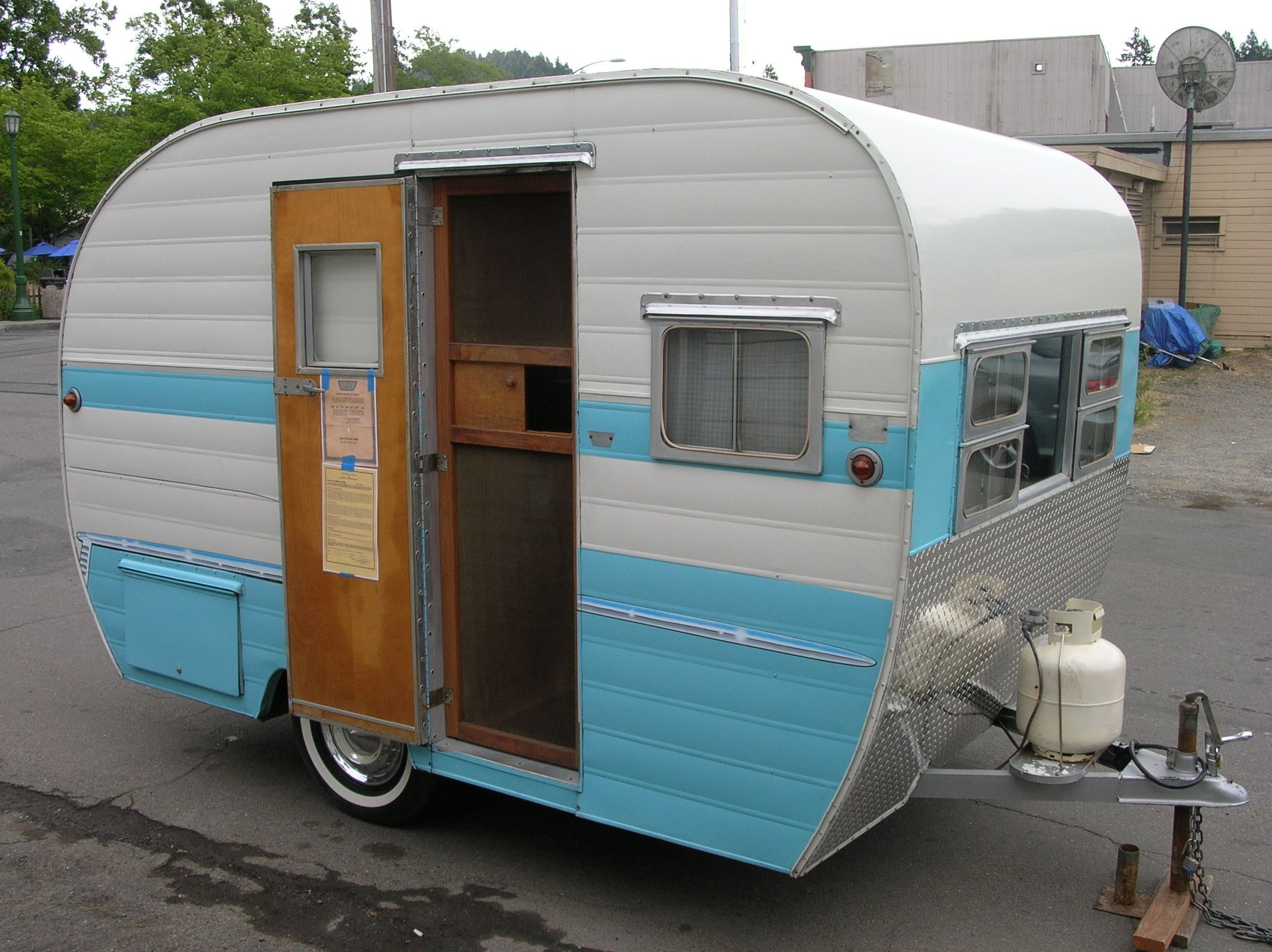 Russian river vintage travel trailers 55 aljoa sportsman for sale i like the aluminum on the front