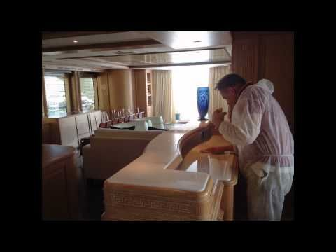 Poncage de marbre sur yachts et bateaux de Saint Tropez à Monaco, polissage et cristallisation de marbre dans les hôtels, villas, bureaux et yachts. Tél: 06 11 55 14 44.