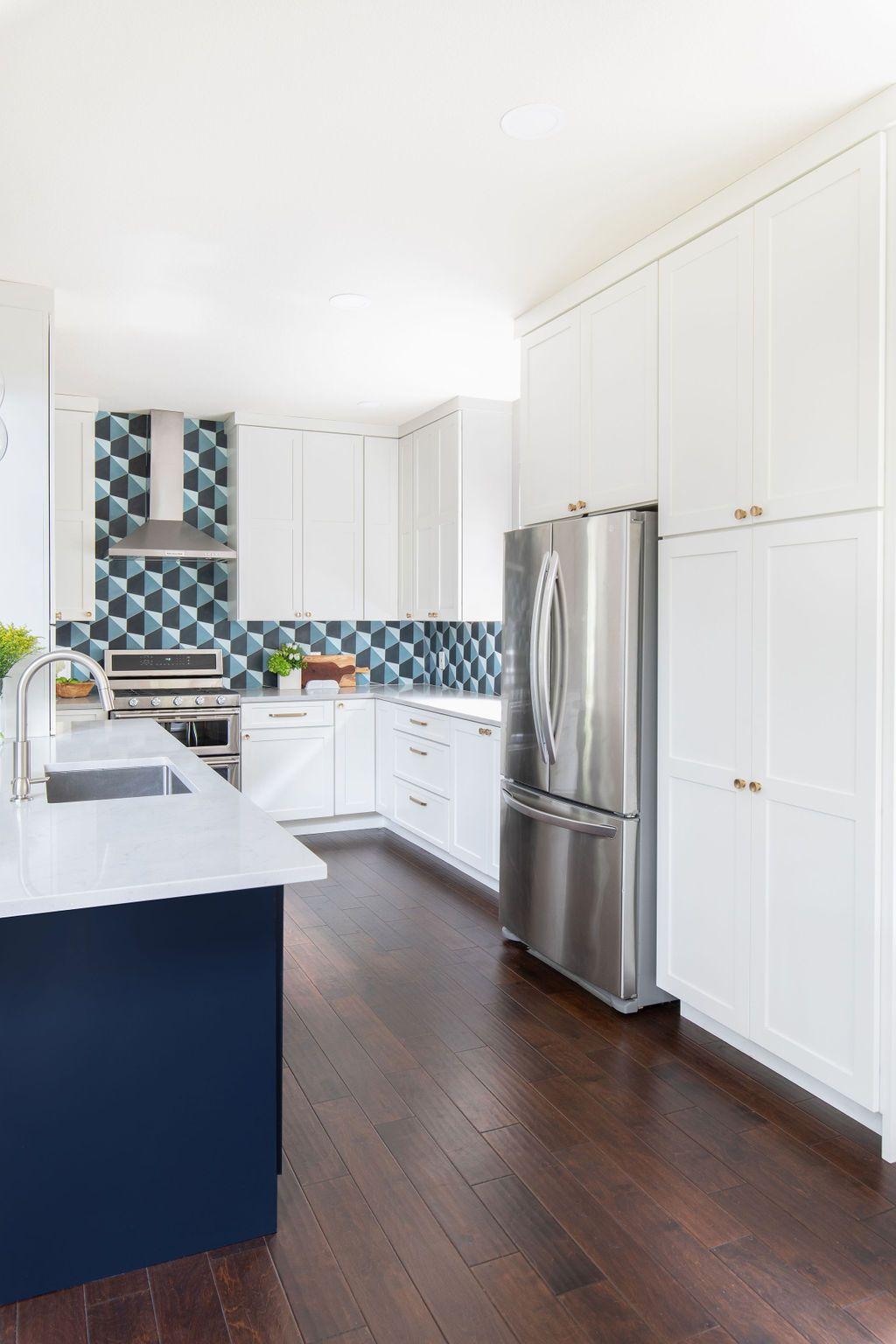 Hello Kitchen Austin Tx Kachina Dr In 2020 Kitchen Projects Kitchen Kitchen Design