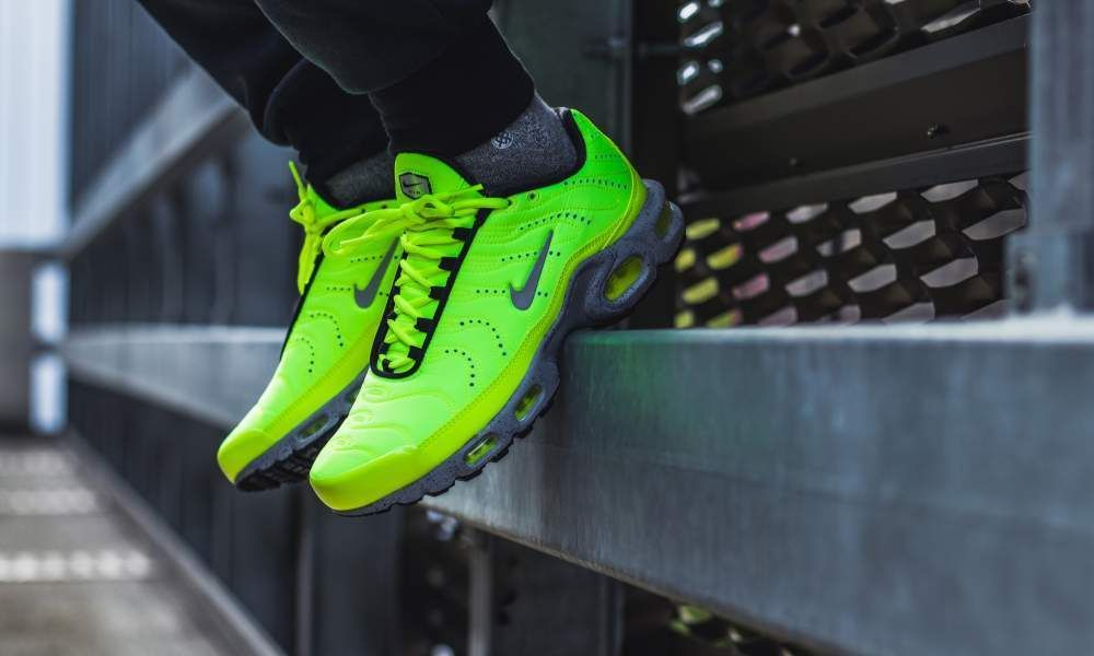 Nike Air Max Plus TN PRM | 'Volt' NeonBlackGrey | Mens