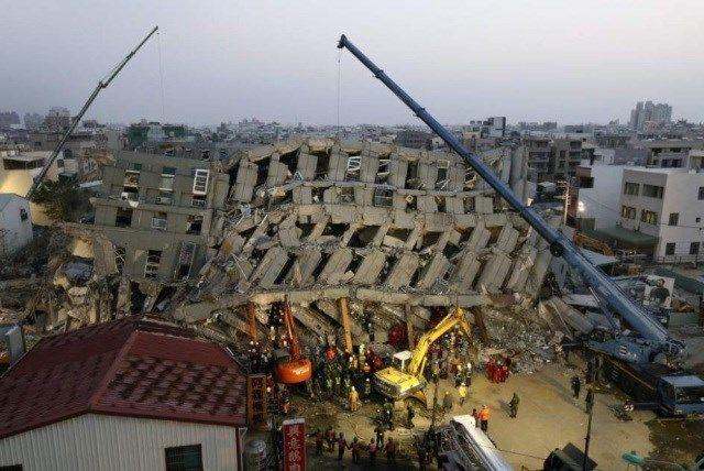Cinco años de cárcel a constructores de edificio derrumbado en terremoto