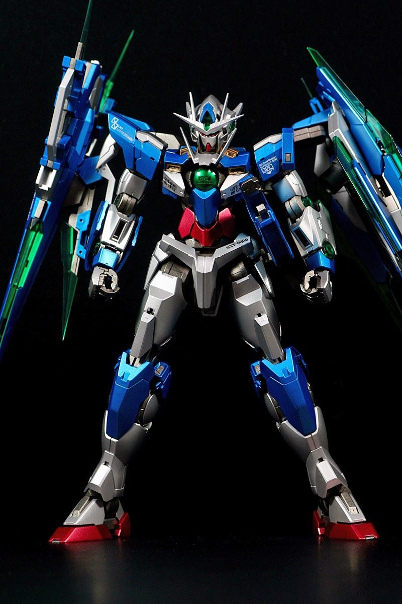 GUNDAM GUY: MG 1/100 GNT-0000 00 Qan[T] + GN Sword IV Full Saber - Metallic Painted Build