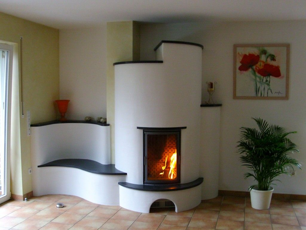 rund und mit sitzbank ein grundofen zum gegenlehnen. Black Bedroom Furniture Sets. Home Design Ideas