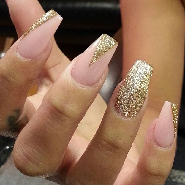Pinterest Phoenixcosmetic Www Phoenixcosmetics Com With Images Gold Nail Designs Gold Nails Quinceanera Nails