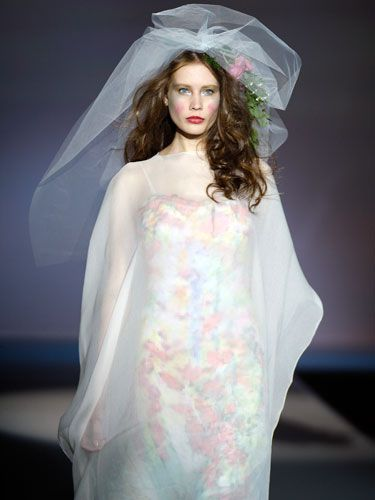 images of the UGLIEST wedding gowns ever - Google Search   Pinterest ...