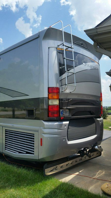 2007 Fleetwood Revolution LE 40e, Class A - Diesel RV For ...