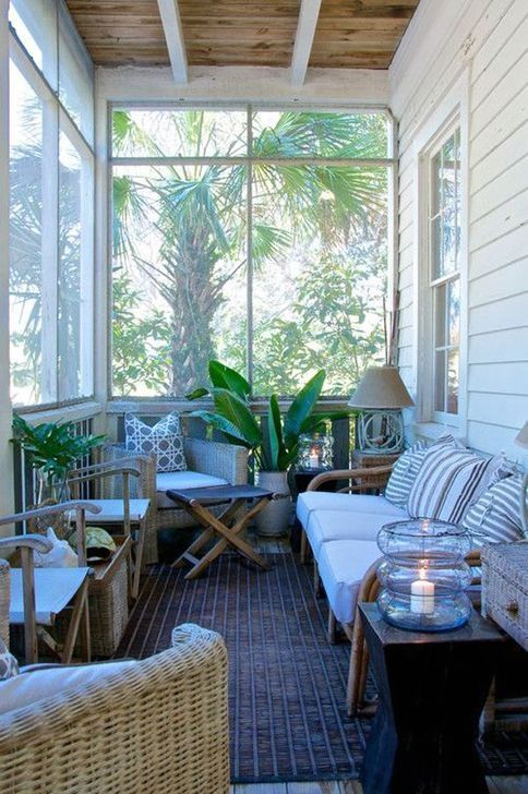 20+ Unique Apartment Small Porch Decorating Ideas images