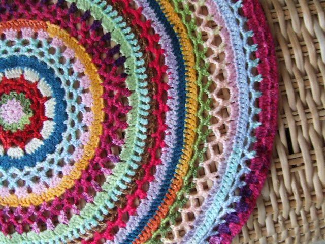 Rundes Deckchen   Crochet   Pinterest   Deckchen, Runde und Häkeln