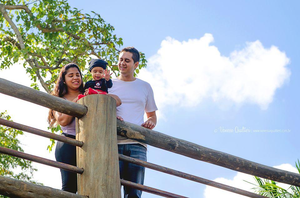 Lindo ensaio de fotografia de família com o Arthurzinho e os pais.