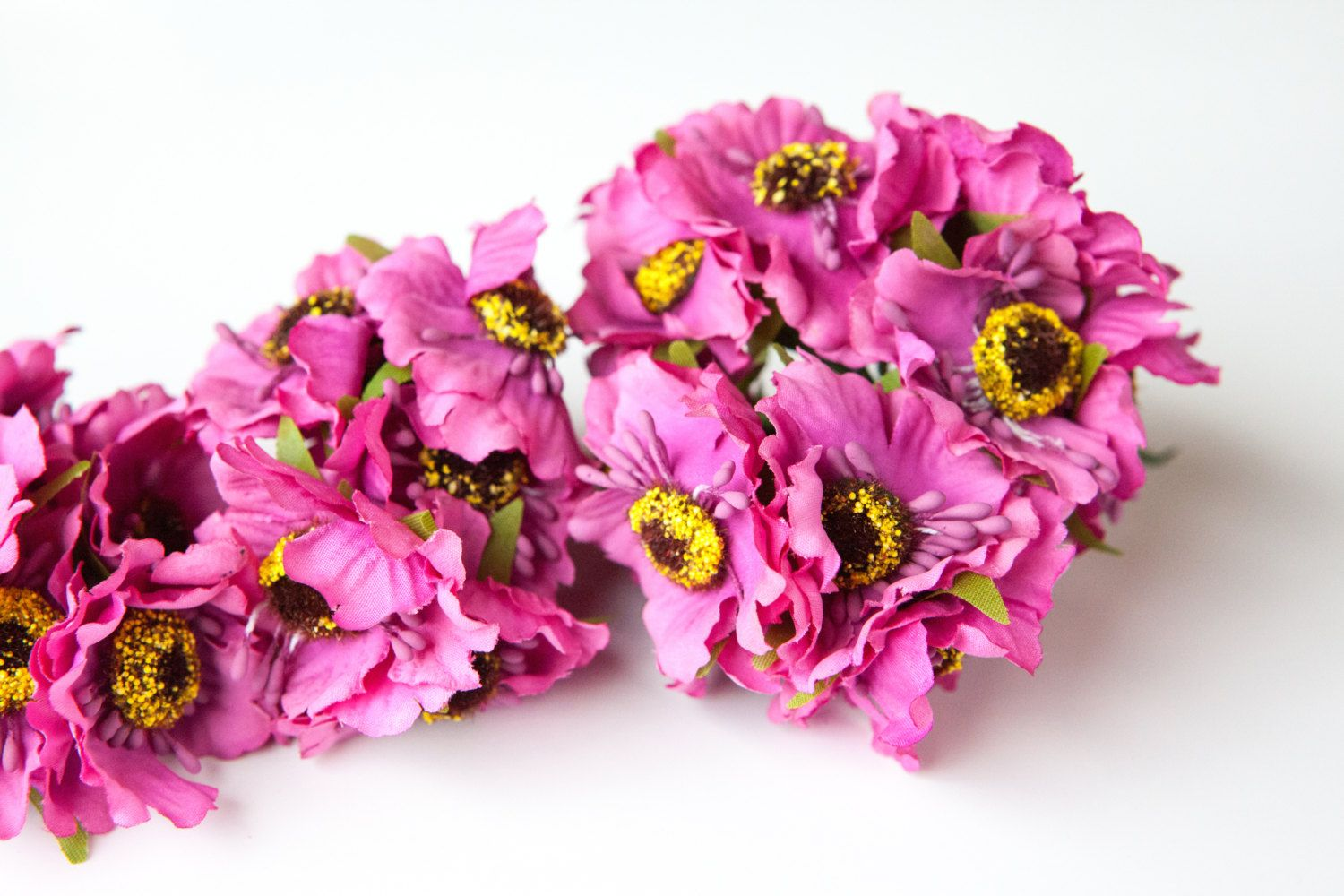 18 Small Super Pink Flowers On Wire Stems Artificial Flowers