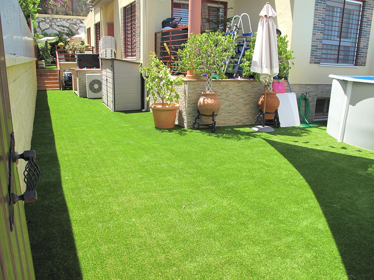 COBERTI Césped artificial. #cesped #artificial #verde #exterior ...
