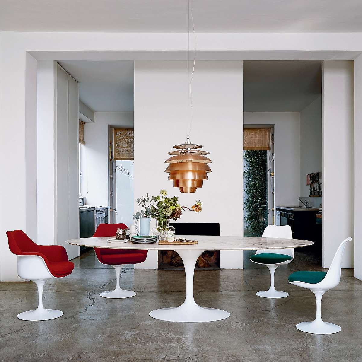 78 In Oval Saarinen Dining Table By Knoll Saarinen Oval Dining Table Saarinen Dining Table Oval Table Dining