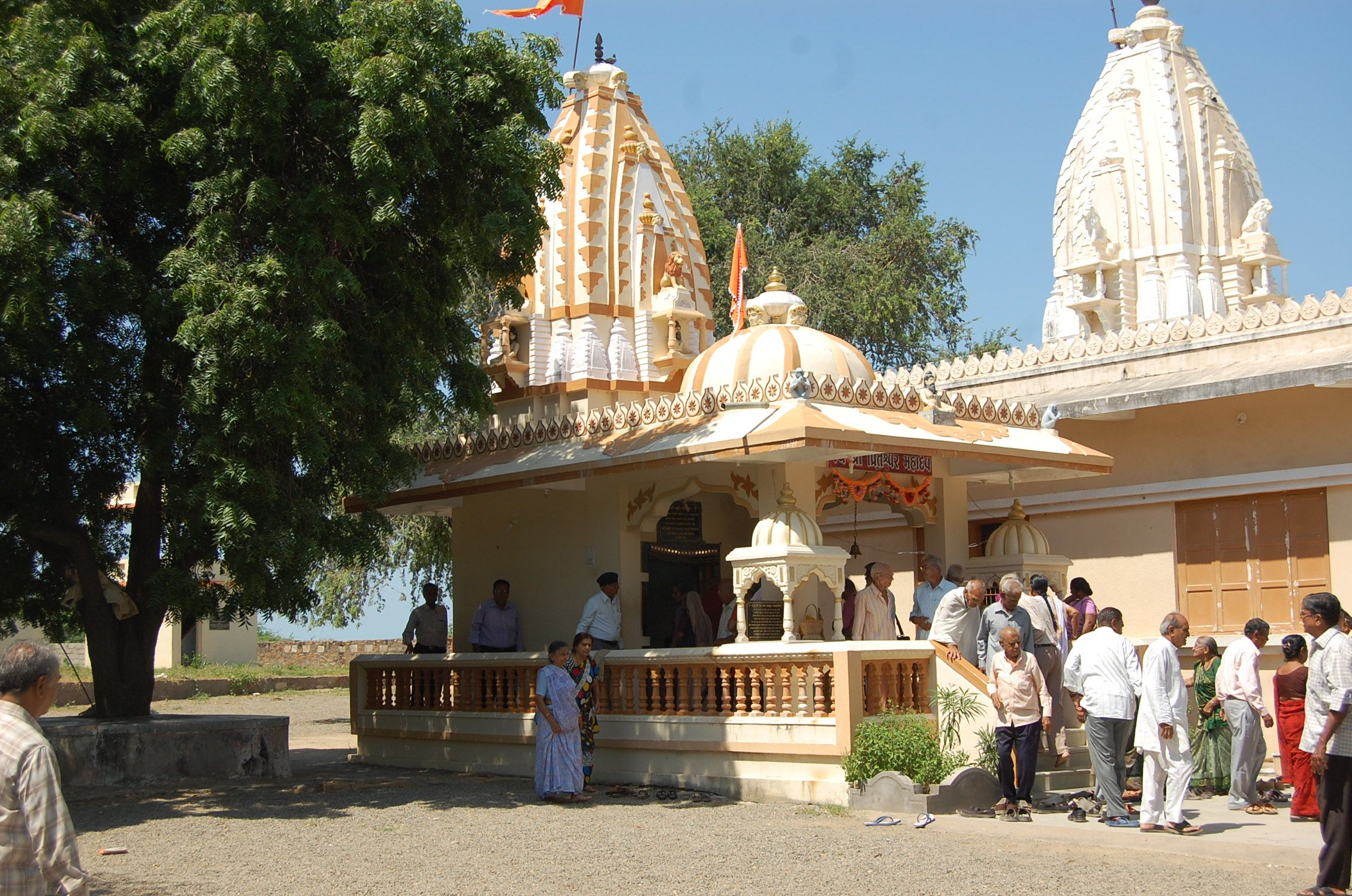 Here is some view of Ekal Mataji temple at Near small Rann,Taluka Bhachau. It is very religious and Historical place Photo by Dayaram jansari, Bhuj Kutch.
