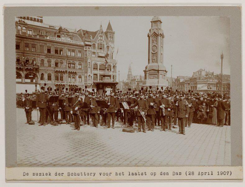 1907 Schuttery op de dam (laatste maal )