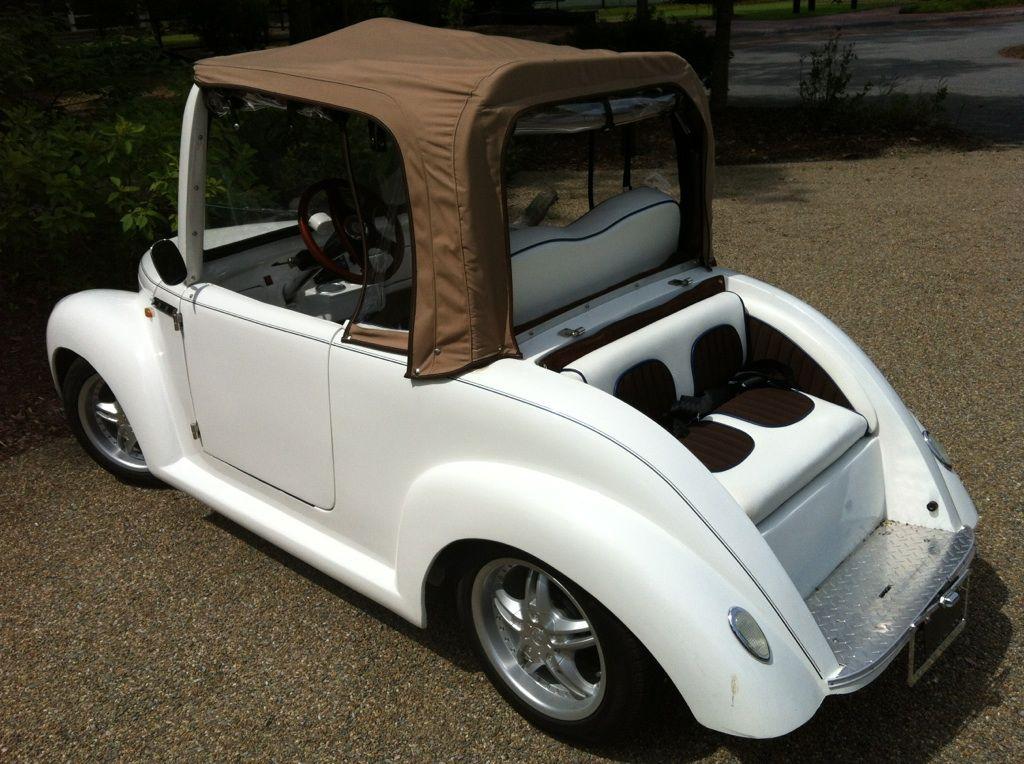 Luxury Golf Cart With Convertible Roof Golf Equipment Golf Carts Golf Car
