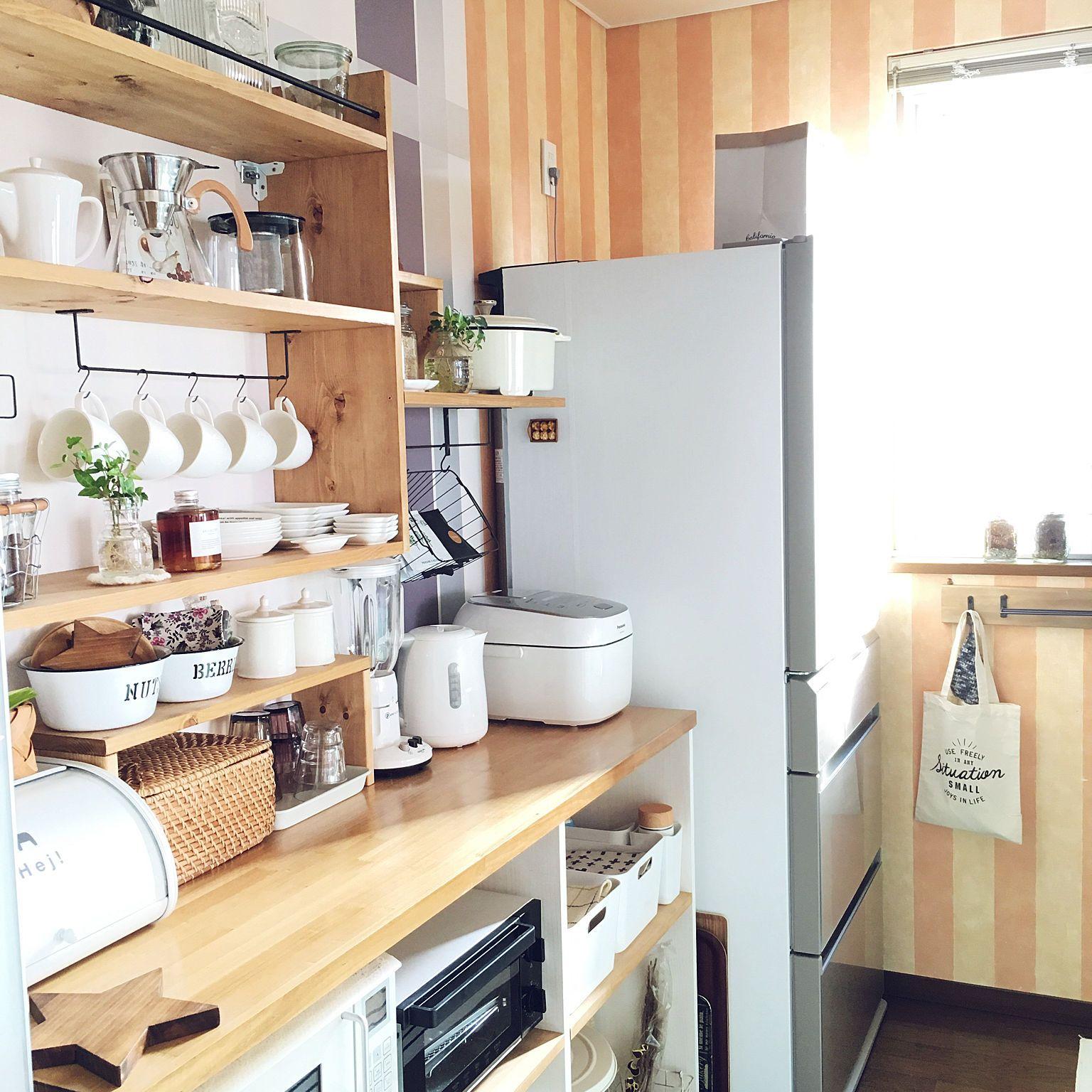 キッチン 見せる収納 キッチンカウンターdiy ウォールシェルフdiy の