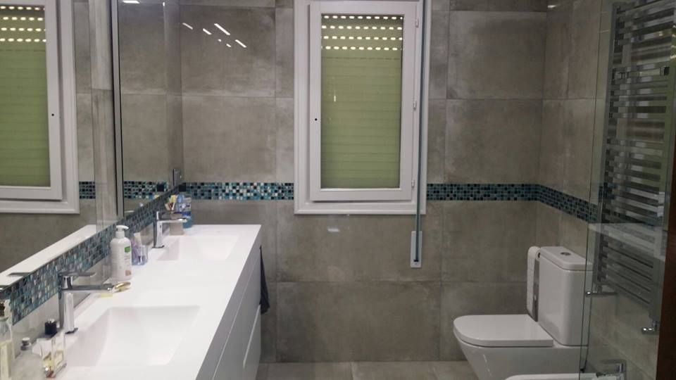 Bathroom Renovation Project Made By Cunasa With Our Portopulido Ceramic Tile Series Con Imagenes S A