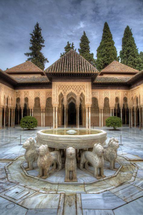 Patio De Los Leones Alhambra Granada Castles Fortresses Mansions