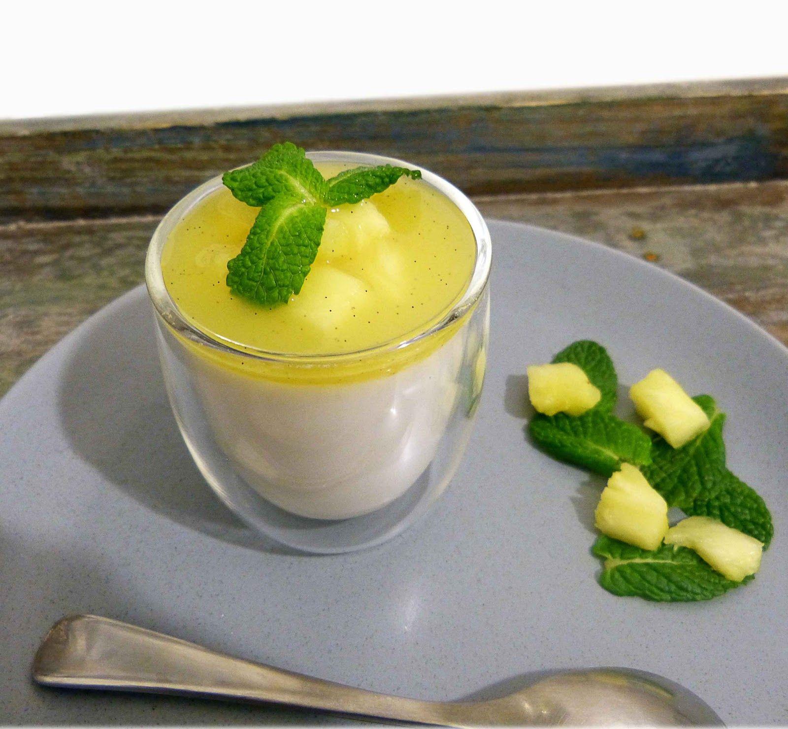 Qu'est-ce-qu'on mange demain?: Panna cotta au lait de coco et coulis d'ananas