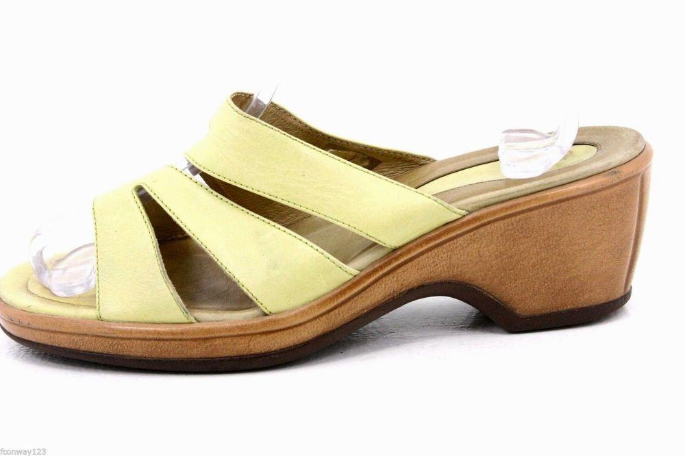 Dansko womens sandals size 9.5-10 AVRIL