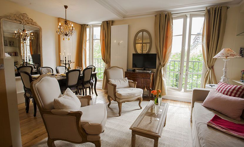 Room · The Lovely Bergerac Apartment From Paris ...