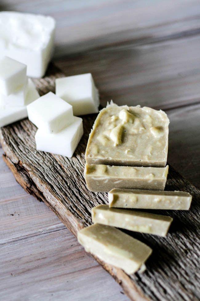 DIY Coconut Sand Soap Recipe (Hello Glow) Savons, Beauté et Savon - bricolage a la maison