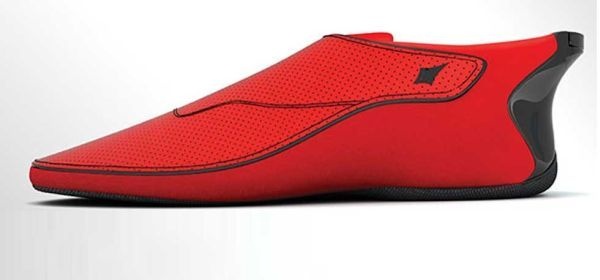 Le Chal The World S First Smart Shoe To Improve Navigation For The Visually Impaired Sneakers Wearable Tech Wearable