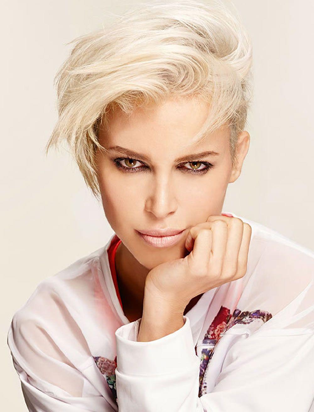 Haar kurzes Reifes blondes Haarschnitte für