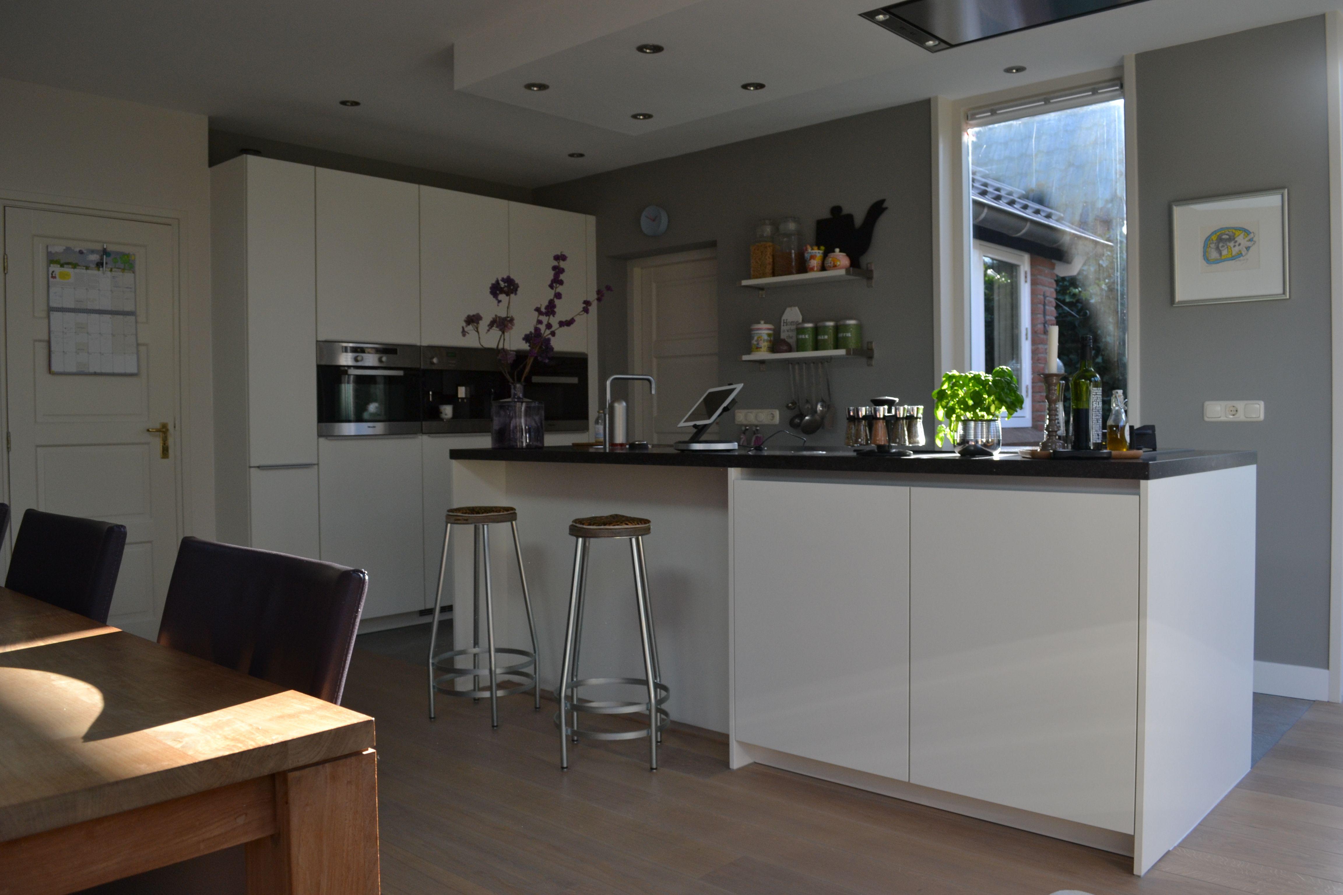 poggenpohl keuken   Cabinet hardware, Cabinet, Home decor