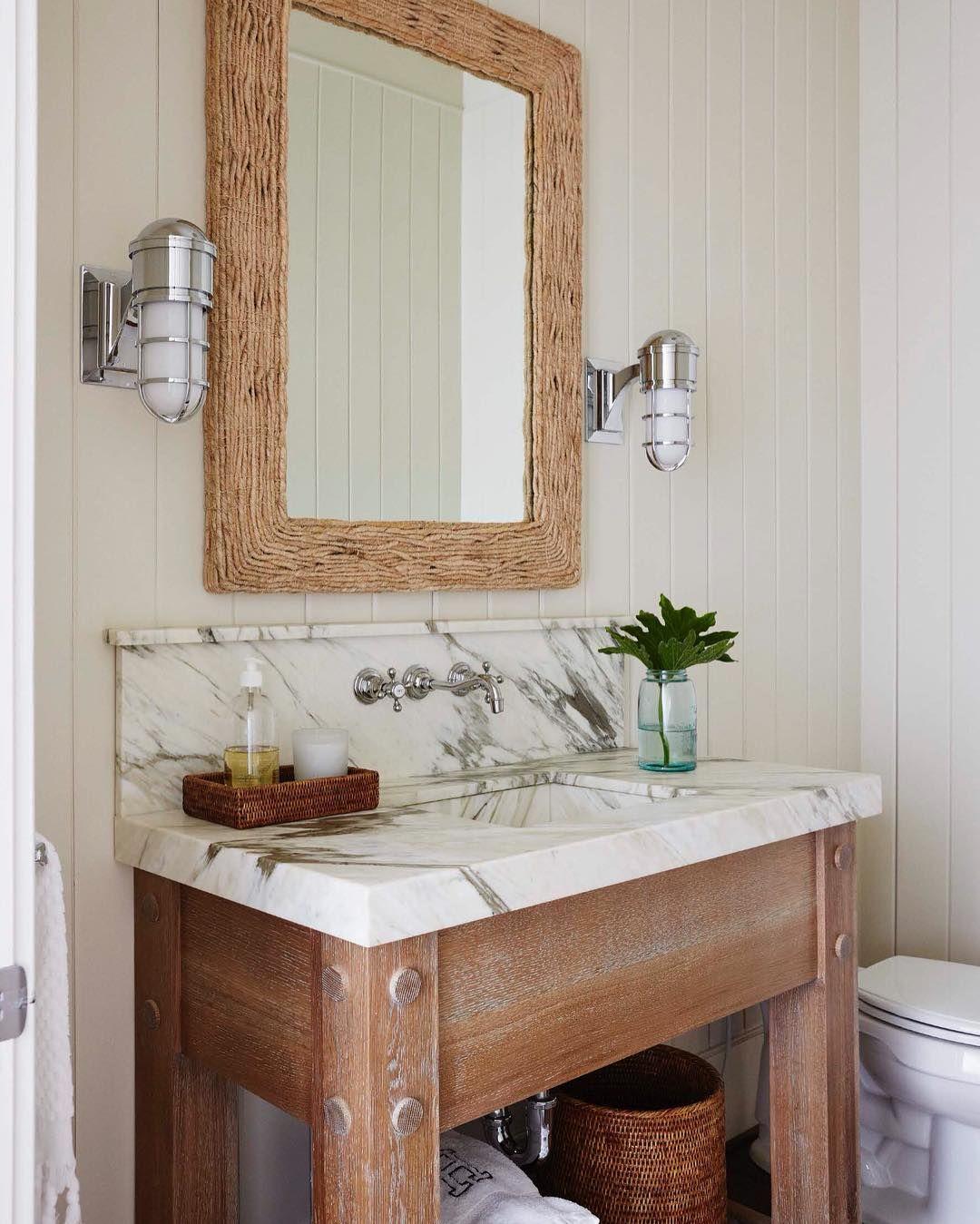 Pin By C Vieiralves On Beach House Decorative Bathroom Mirrors Bathroom Wall Decor Simple Bathroom