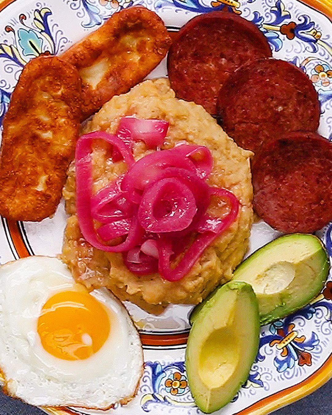 Mangu Con Los Tres Golpes Recipe By Tasty Recipe Dominicano Recipes Boricua Recipes Recipes