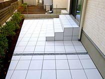階段付タイルテラスの施工例 タイルテラス テラス 施工