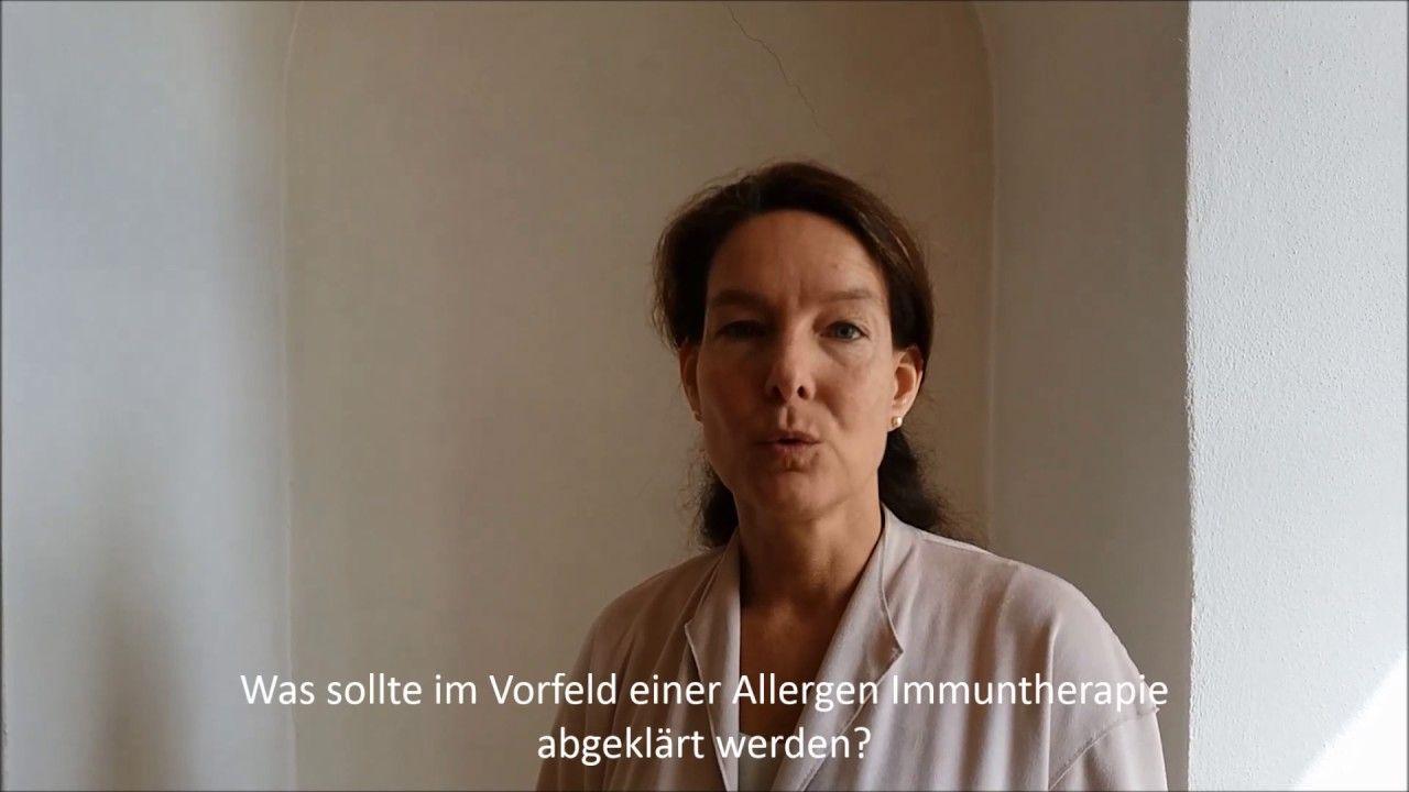"""Bei der #Allergen #Immuntherapie (#AIT), auch #Hyposensibilisierung oder spezifische Immuntherapie (#SIT) genannt, kommt es darauf an, dass mit dem """"richtigen"""" Allergen therapiert wird. Frau Dr. Zieglmayer erklärt, welche Rolle die #molekulare #Allergiediagnostik dabei spielt. https://youtu.be/lOANWsvl_AM"""