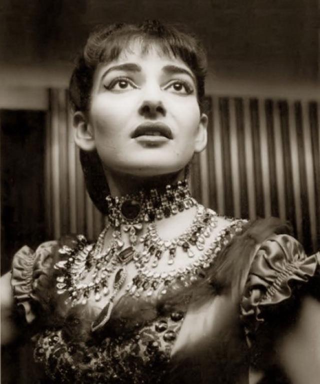 Maria Callas, fue una soprano estadounidense de origen griego ...