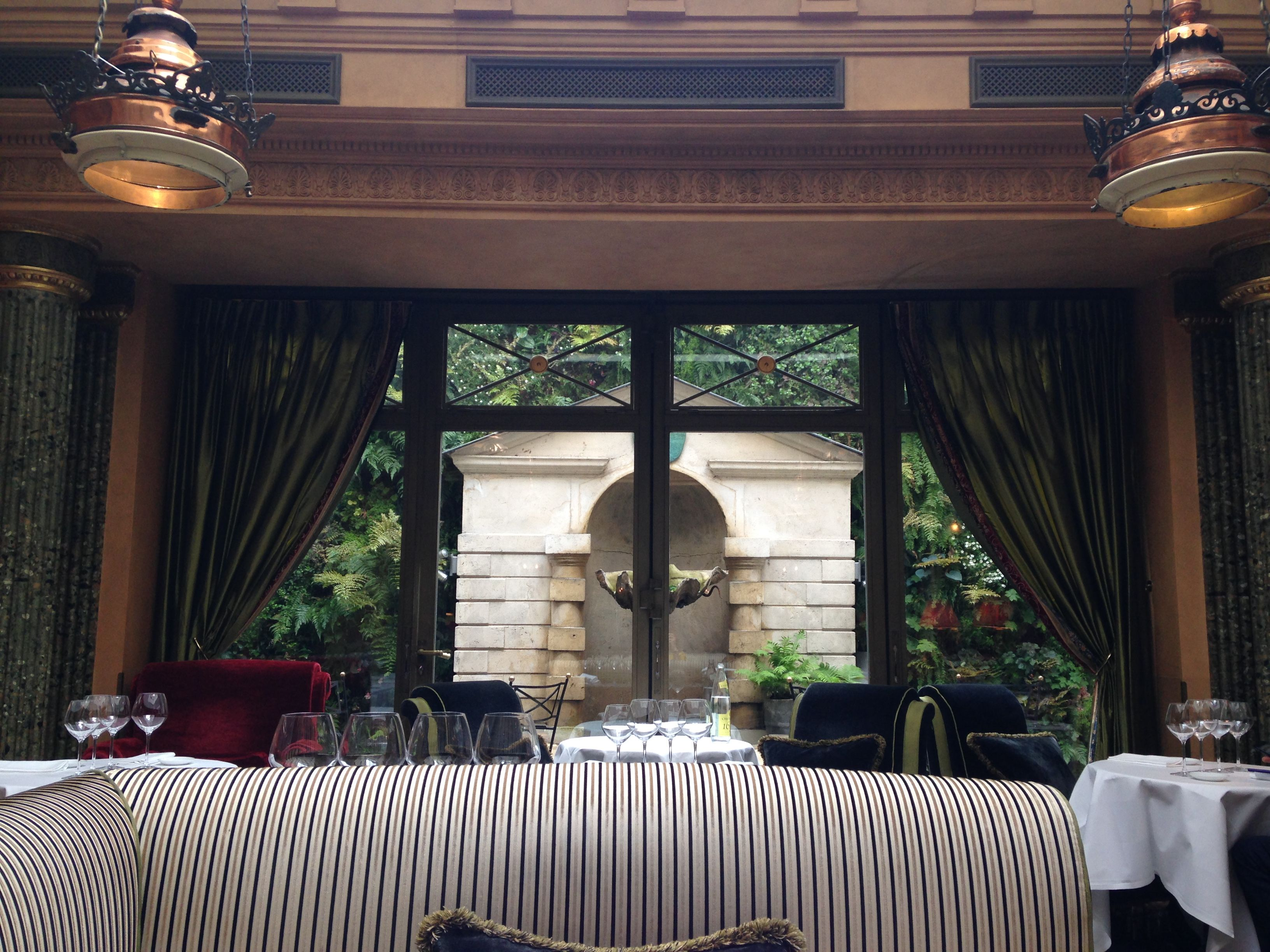 Sur les traces d'Oscar Wilde #L'Hotel #LeRestaurant