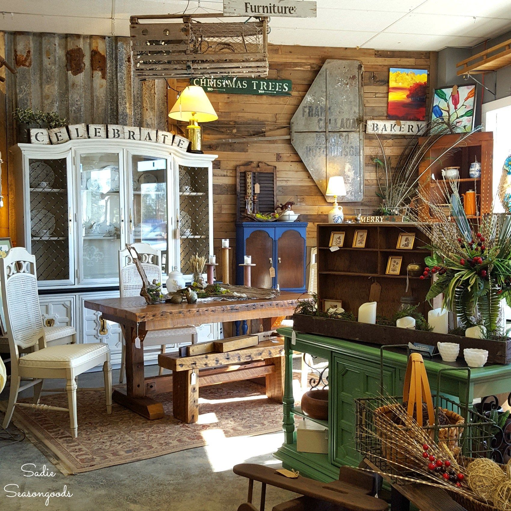 Columbia, SC : Best Antiques, Vintage, Consignment, And