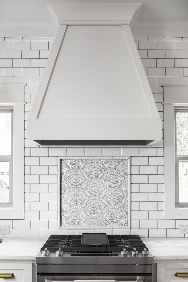 Kitchen Backsplash Ideas To Inspire Your Next Kitchen Makeover White Modern Kitchen Modern Kitchen Backsplash Kitchen Backsplash Designs