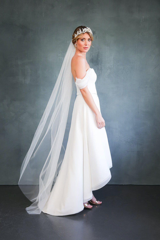 Braut Corsage mit abnehmbaren Armschlaufen - Flora in 16