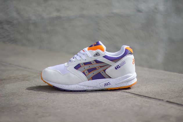 asics gel saga white light grey