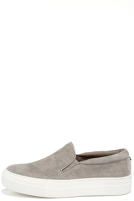 5f800e3bf963 There s nothing quite like the excitement of stepping out in your new Steve  Madden Gills Grey Suede Leather Flatform Sneakers! Perfectly soft genuine  suede ...