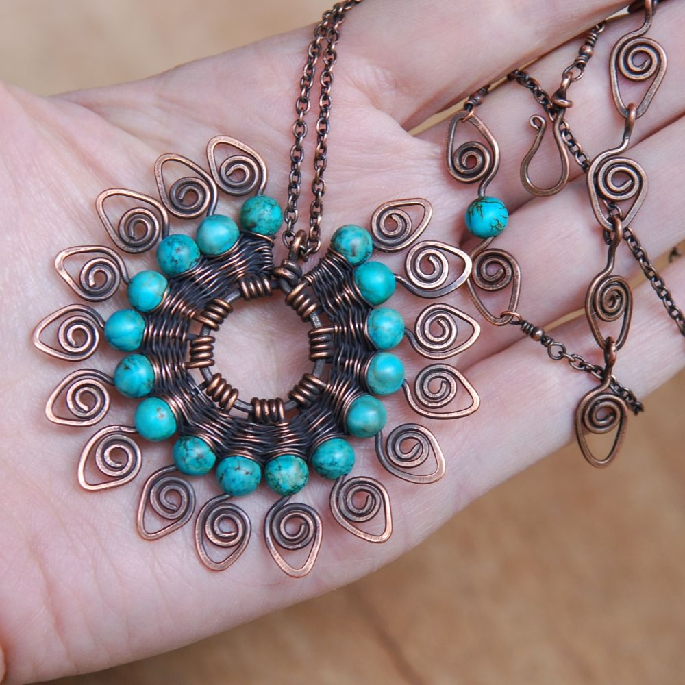"""a """"Peacock's Tale"""" necklace with turquoise"""