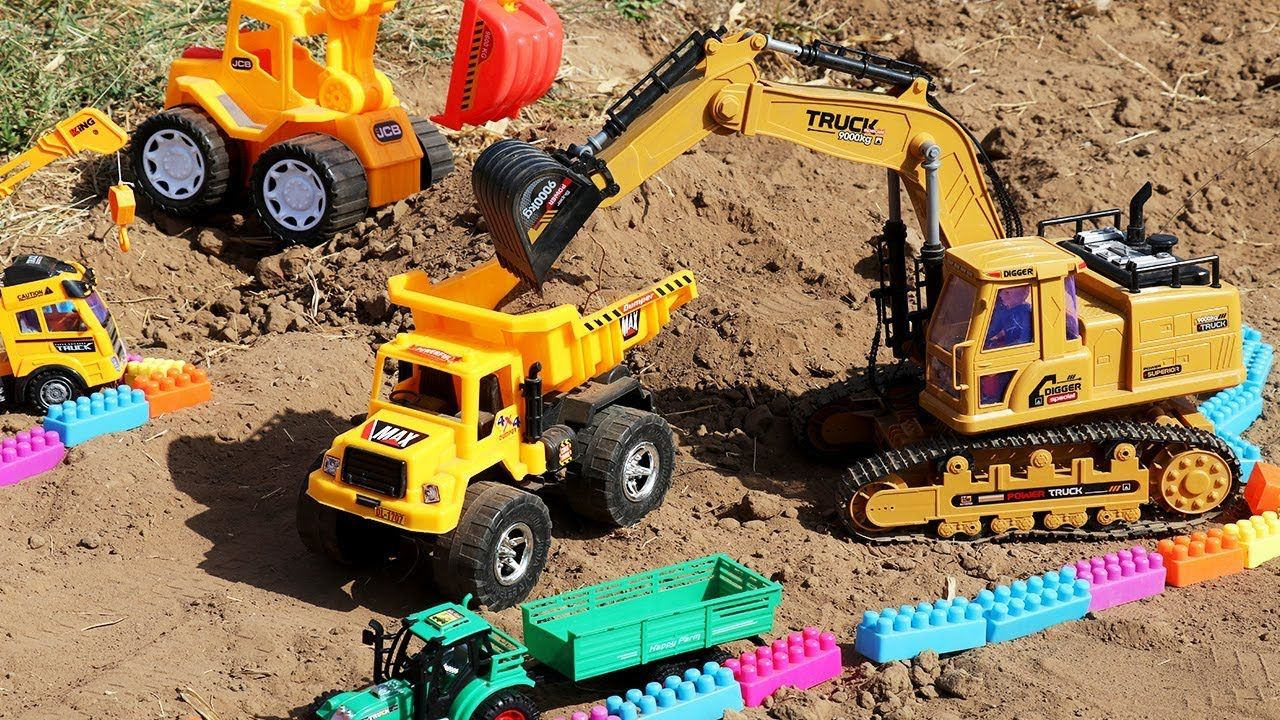 Excavator Working Videos Construction Videos For Kids Excavator Working On Sand Truck Toy Toys Toy Trucks Trucks