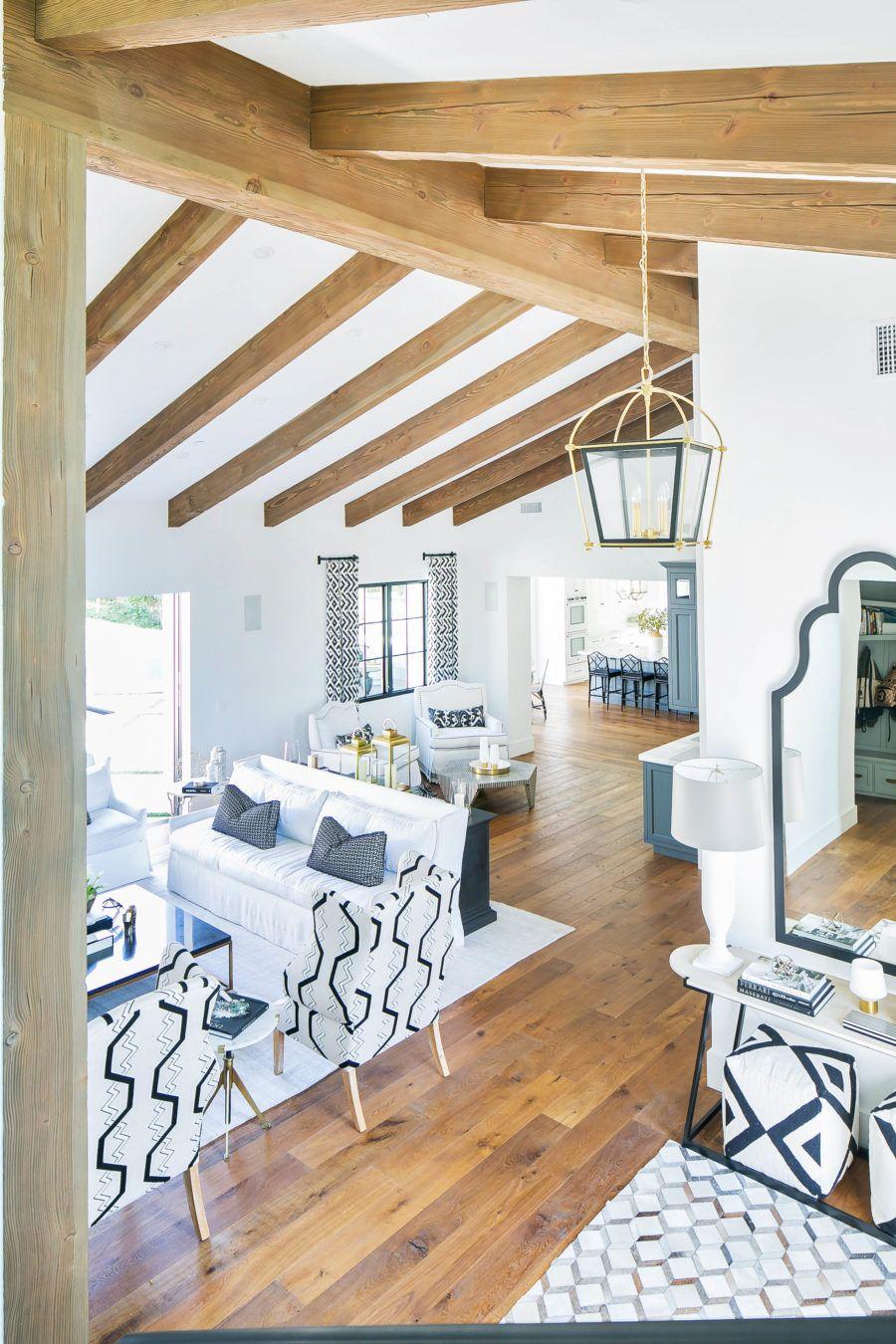 Gallery Duchateau Living room hardwood floors, White