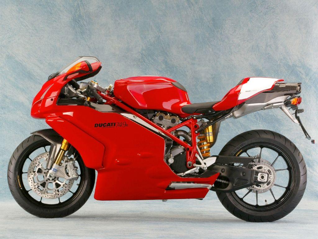 Ducati Superbike 749R (2004) - 2ri.de