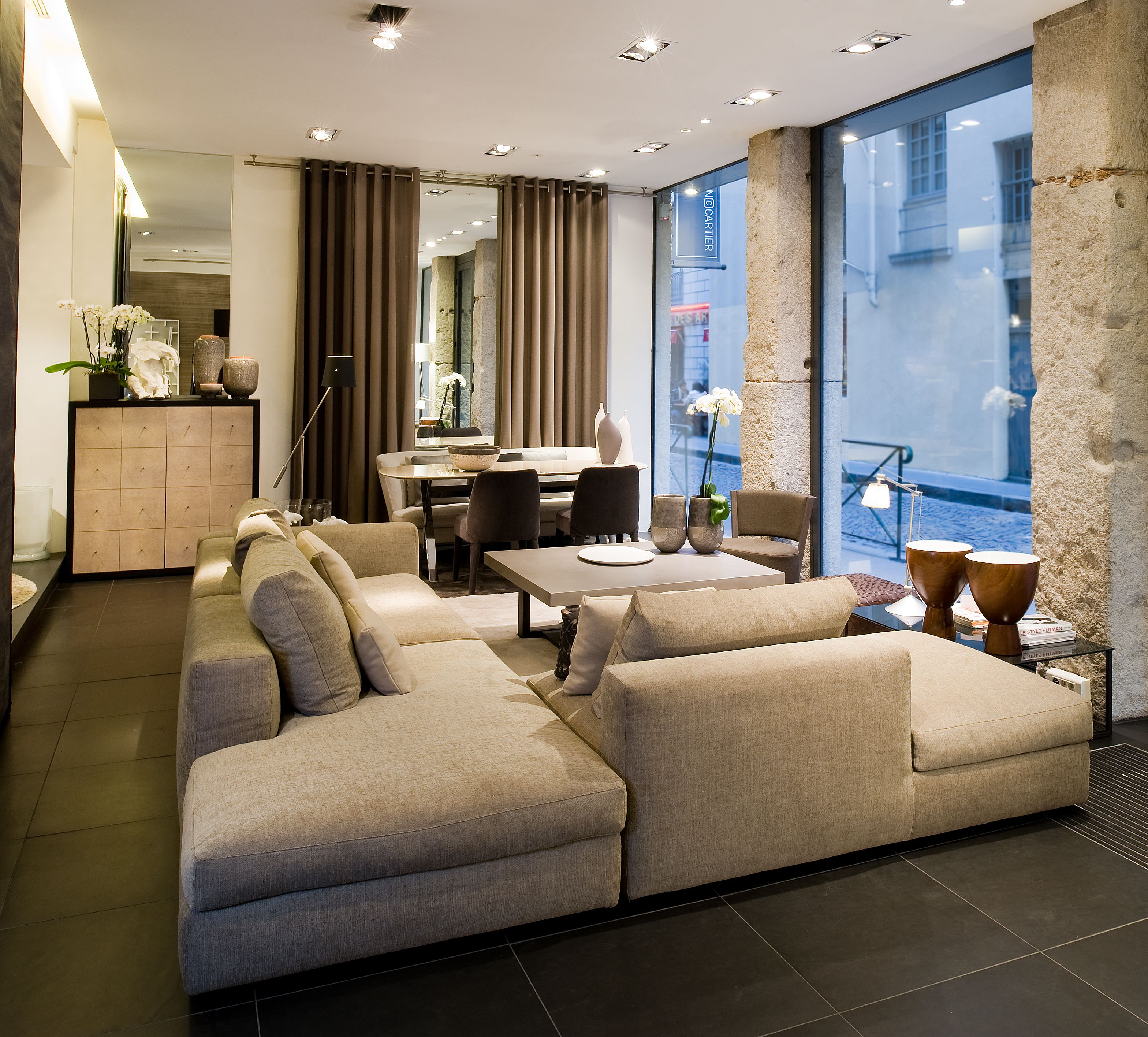 Claude Cartier Decoration Mobilier Contemporain Lyon Canape Marea Arketipo Interior Architecture Interior Design Home