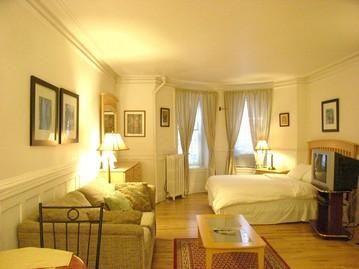 Studio Apartment Nyc studio apartment in greenwich village, 24 fifth avenue, ikea lack